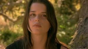 Neve Campbell - outdoors