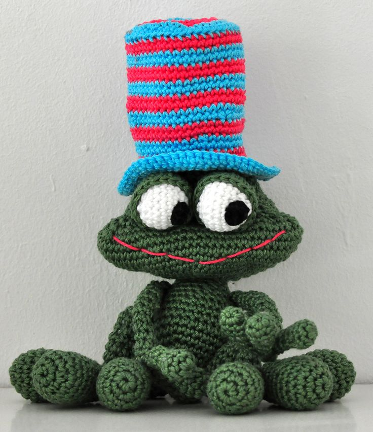 16 best frosch frog crochet images on Pinterest | Frogs, Amigurumi ...