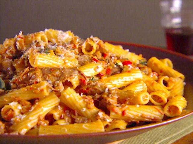 Love this recipe.  Trying to have meatless meals and this was a winner for me and hubby.      Food Network invites you to try this Rigatoni with Vegetable Bolognese recipe from Giada De Laurentiis.