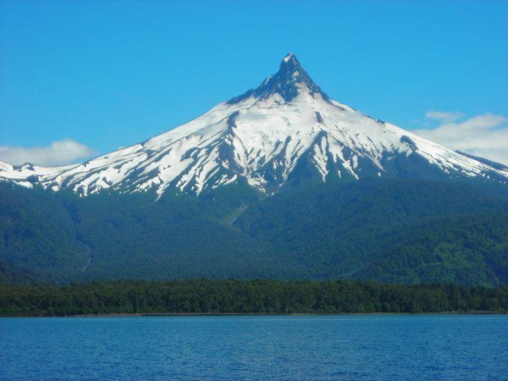 volcanes de chile - puntiagudo
