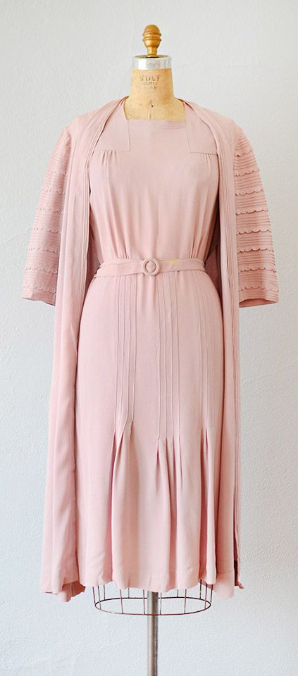 vintage 1940s dress and coat | 40s dress jacket ensemble | vintage 1940s lilac pink two piece ensemble #vintage #vintagestyle #retro