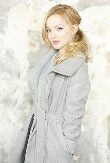 "Dove Cameron  Born: Chloe Celeste Hosterman January 15, 1996 in Seattle, Washington, USA  Height: 5' 2"" (1.57 m)"