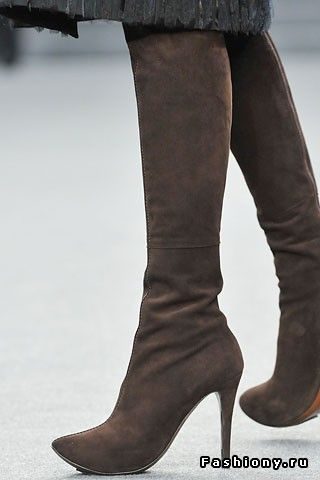 Модная обувь осень/зима 2008-2009: сапоги выше колен / знаменитости белые сапоги
