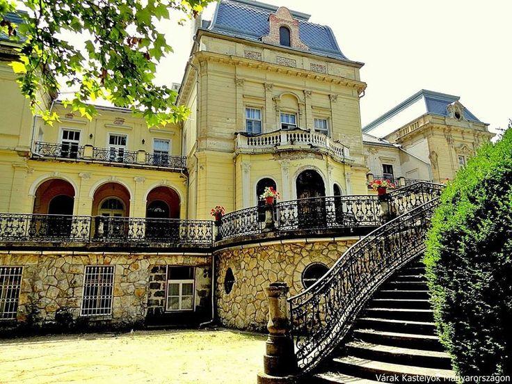Tóalmás - Warmann-Andrássy-kastély fotó: Valent Anna