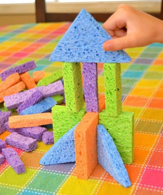 Cut ordinary kitchen sponges into different shapes and watch your little architect make all kinds of castles and towers.