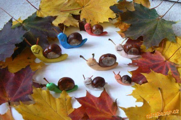 Escargots de toutes les couleurs....avec châtaignes ou marrons pour les coquilles...