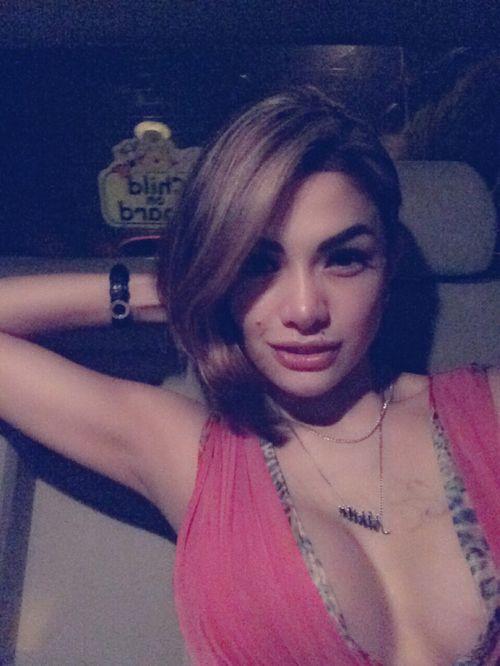 artis seksi indonesia - Penelusuran Google