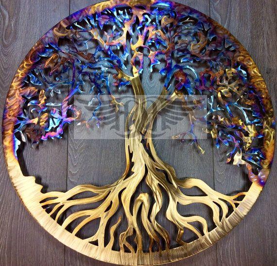 Arbre de vie en acier inoxydable par des conceptions Humdinger.  Cet arbre de vie est coupée à partir de pur T-304 en acier inoxydable et dispose de la main meulage et polissage ainsi que la coloration de la chaleur. Puisque cet arbre est fabriqué entièrement en acier inoxydable, il est sûr d'installer à peu près n'importe où et de maintenir sa beauté à travers les années. En acier inoxydable seront non ferreux et ne nécessite aucun revêtements.  Cet arbre est livré prêt à monter avec…