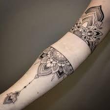 Resultado de imagen para tatuaje mandala brazo