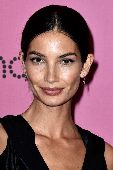 Lily Aldridge Photostream