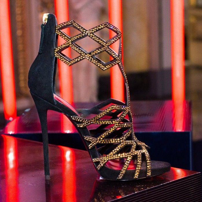 Giuseppe Zanotti Design GOLD RAQUEL | Buy ➜ https://shoespost.com/giuseppe-zanotti-design-gold-raquel/