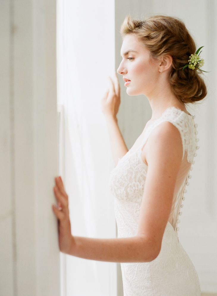 Romantique by Claire Pettibone Wyoming wedding dress photo: Kayla Barker http://romantique.clairepettibone.com/collections/view-all-gowns/products/wyoming