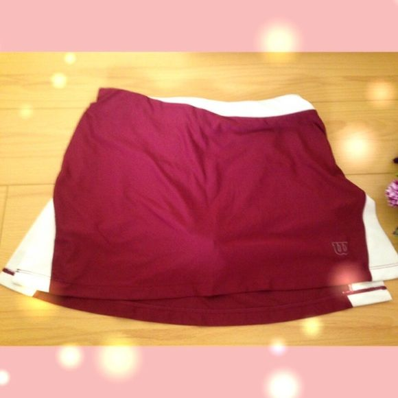 Wilson tennis skort xs Skort (skirt with shorts inside) from Wilson☺️ it's a really cute tennis/workout/gym bottom worn once in gorgeous wine red color Wilson Skirts Mini