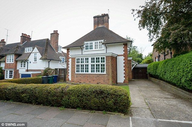 The family home of former Labour Prime Minister Harold Wilson went on the market for the first time in six decades12.5.15 It's grade II listed. He also lived next door - you can just see the blue plaque