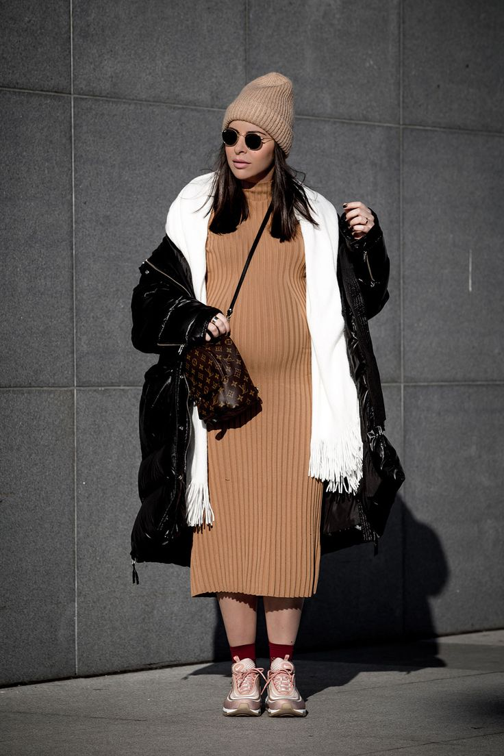 how to wear non-maternity maternity clothes by Stella Asteria | Fashion