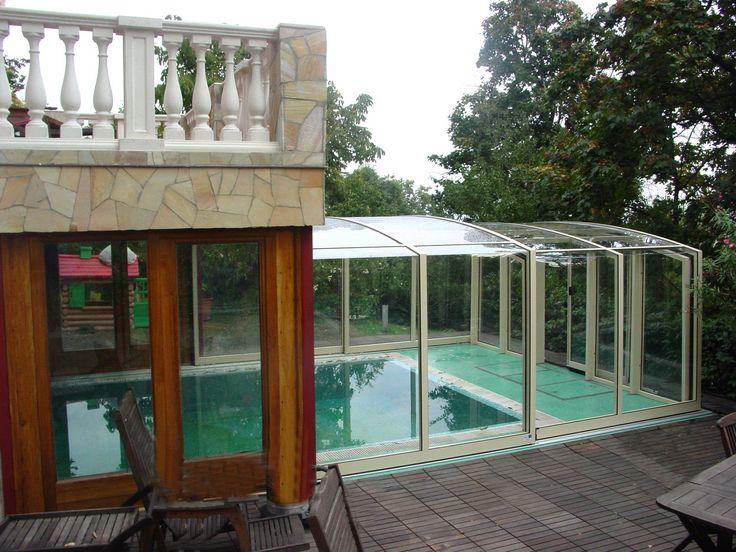 VISION posuvné zastřešení bazénu instalováno přímo do konstrukce domu.