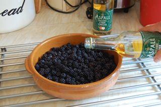 Blackberry Vinegar Recipe Step 3