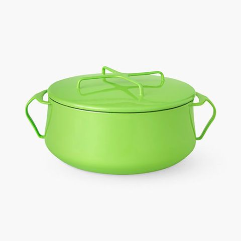 Add a dose of Pantone's Color of the Year Greenery to your home with this casserole cookware.