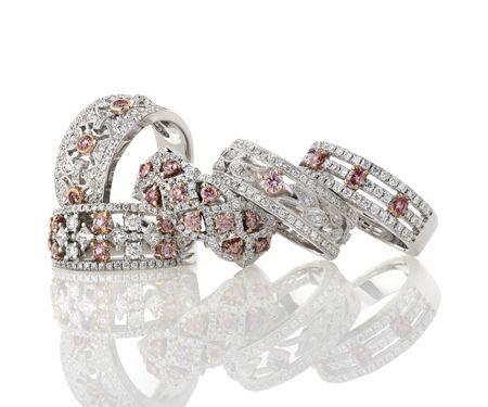 Natural Australian pink diamonds are the rarest & most precious diamonds in the world. Originating in the Argyle Diamond Mine in Western Australia, these stunning natural pink diamonds are uniquely Australian.