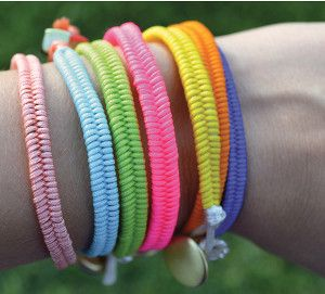 Fishtail Bracelets. With a smooth weave that's quick to master.
