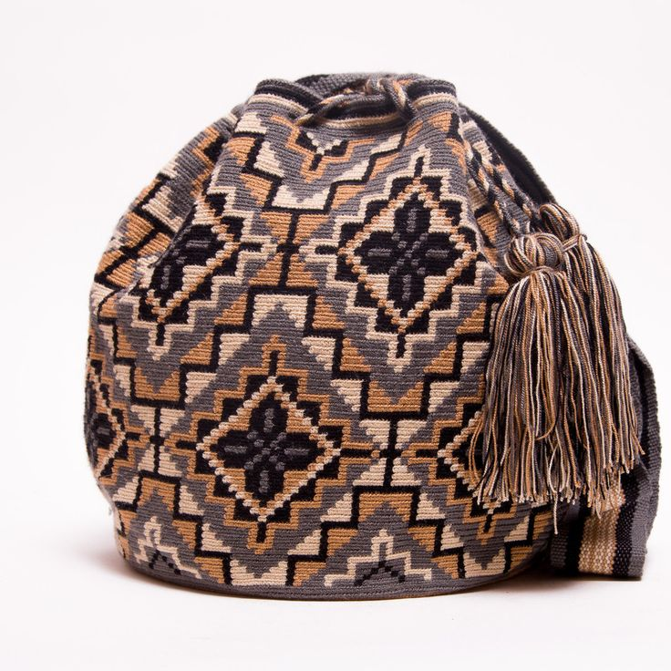Hermosa Wayuu Bag | Limited Edition – SHOP WAYUU BAGS | Handmade by the Wayuu Tribe