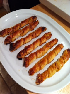 Lorraine Pascale's cheese and bacon twists! - amazing