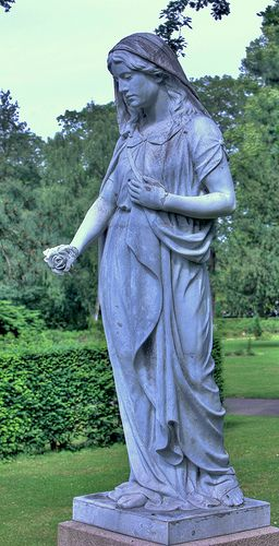 A statue of a Madonna-like woman found at Vestre Kirkegård, Copenhagen. HDR composite, 3 pictures +/- 1,5 EV.