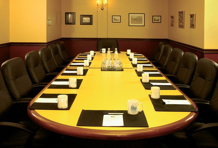 The Queen Anne - a popular boardroom. www.elmhurstinn.com