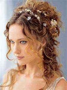 Beautiful hippie / boho wedding hair!