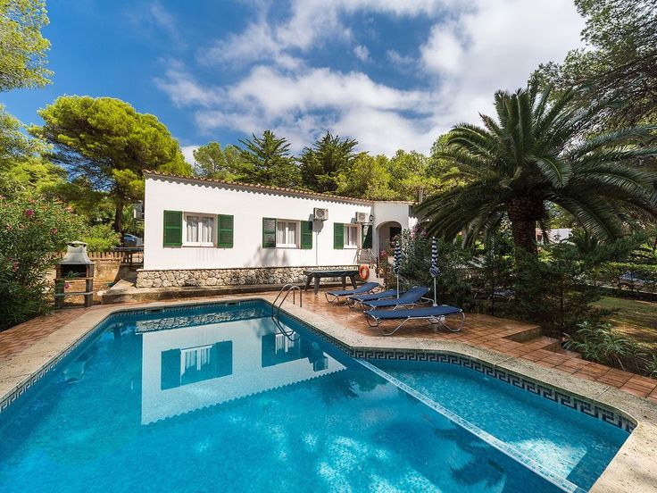 Villa With Private Pool near the beach, fantastic resort. Holiday villa for rent with the added security of our fraud protection. 8158959