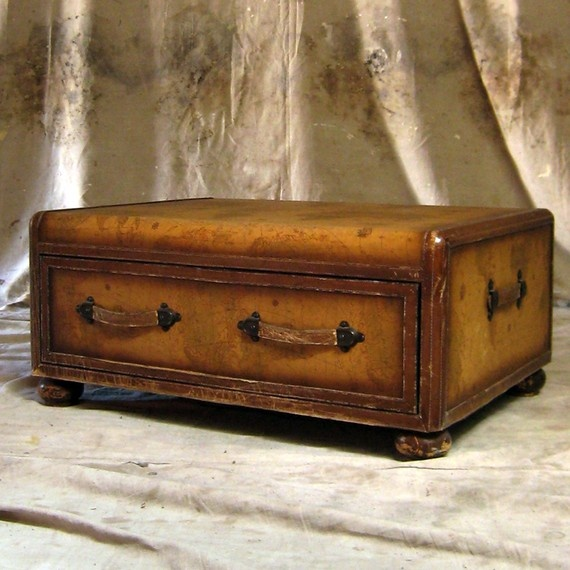 1000 Images About Junk In Da Trunk On Pinterest Folk Art Steamer Trunk And Paint