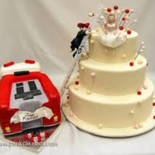Firemen wedding cake - to bad I'm already married. This is sweet!!
