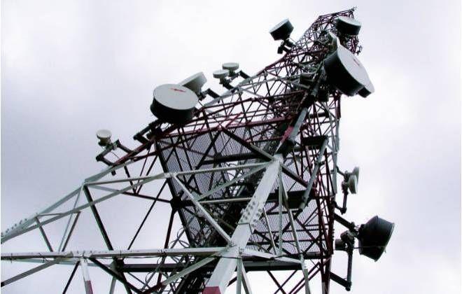 A Telecom Itália pode ter encontrado uma solução para o dilema que enfrenta no Brasil, onde é dona da TIM e, ao mesmo tempo, tem a Telefónica, proprietária da Vivo, como sua principal investidora. Segundo fonte envolvida com o assunto, a empresa iniciou esta semana conversas preliminares na tentativ
