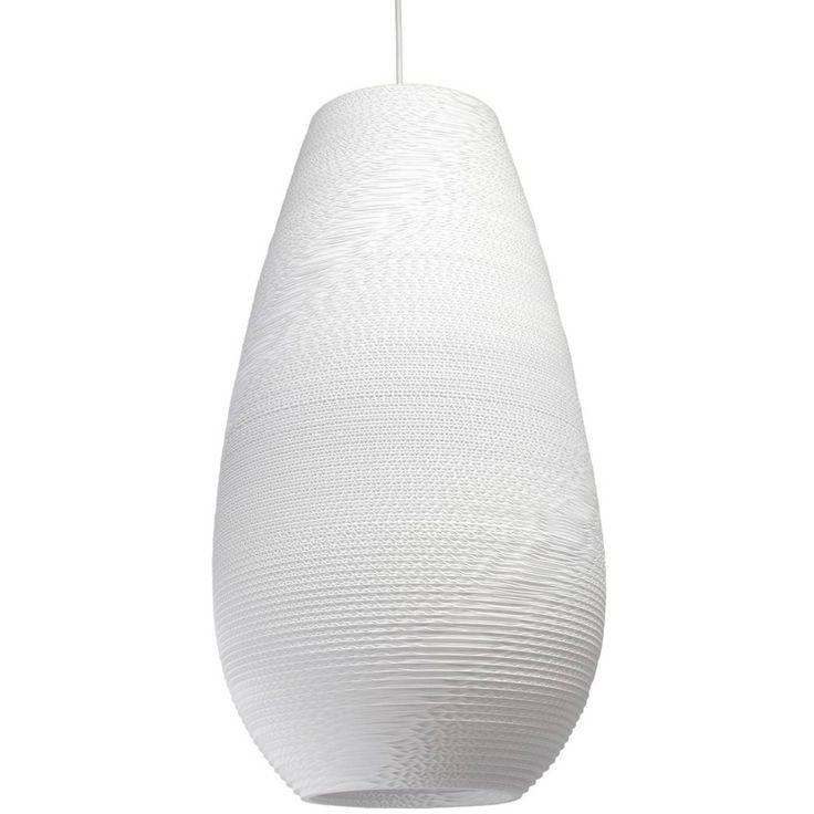 Deze gave witte hanglamp Drop 26 Pendant van Graypants is gemaakt van hergebruikt karton. De hanglamp zorgt voor een mooi en sfeervol licht in jouw interieur. E