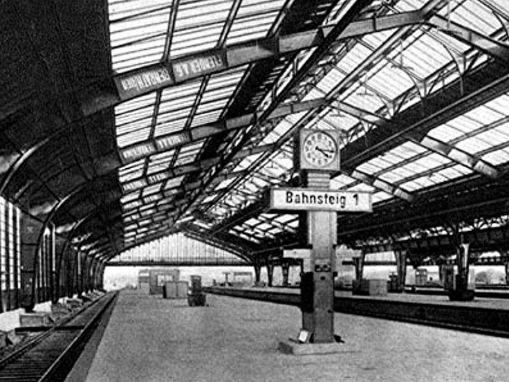169 Königsberg - Bahnhof, Innenansicht der Halle