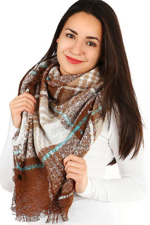Zimní maxi šátek s kostkovaným vzorem  e156e81c1c