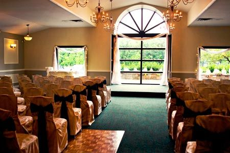 Breezy bend golf course winnipeg wedding locations for Chaise cafe winnipeg