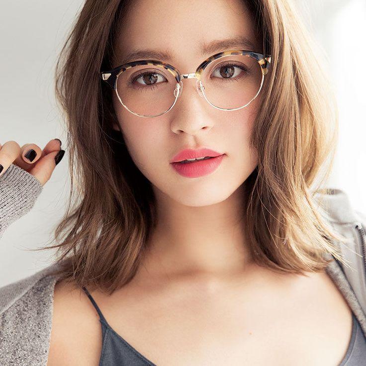 オレンジリップでハッピーな唇に♡秋新色の発色&質感をチェック! | VOCE 2015年10月号|iQON