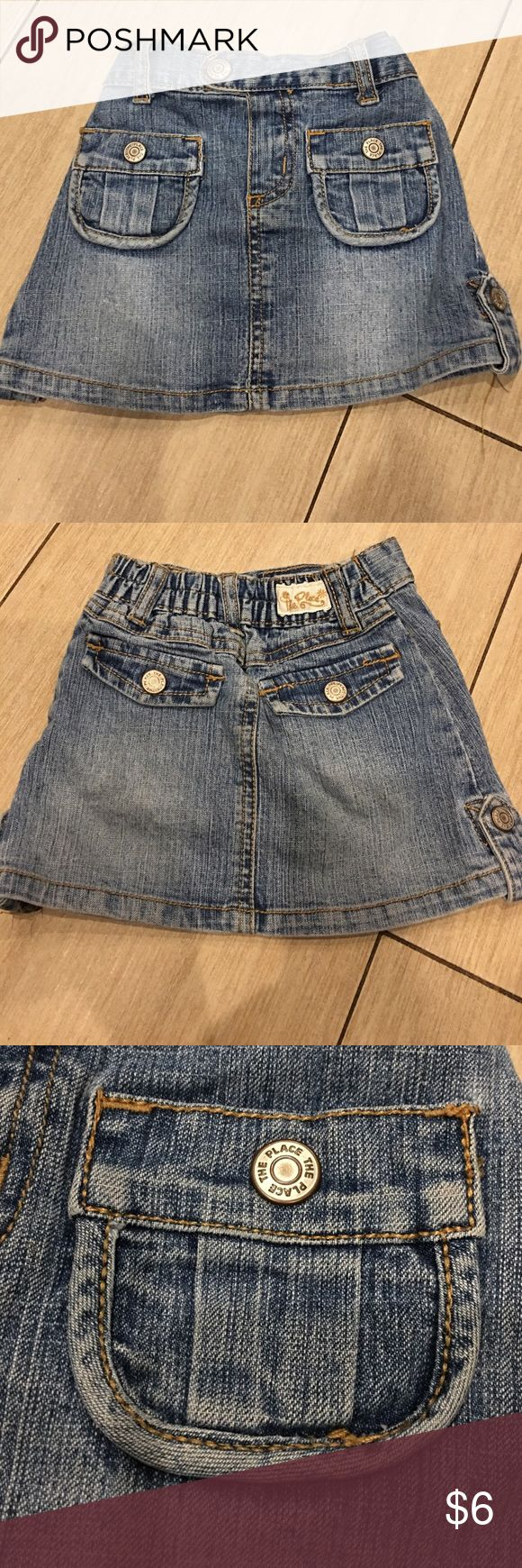 Girls Denim stretch skirt Girls Denim stretch skirt. Has under shorts. Front pockets and faux back pockets. Adorable!!!! Bundle & save Children's Place Bottoms Skirts