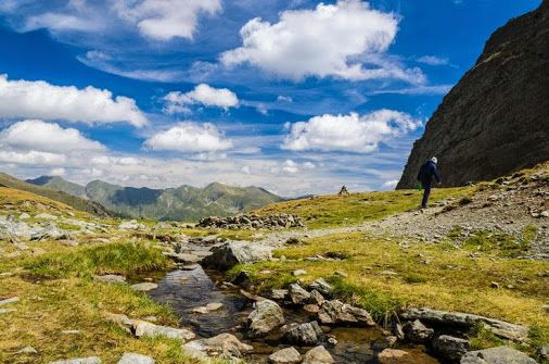 Romania is the ideal country for great hiking trips, with a range of different landscapes from the soaring horseshoe of the Carpathian Mountains to vast plains