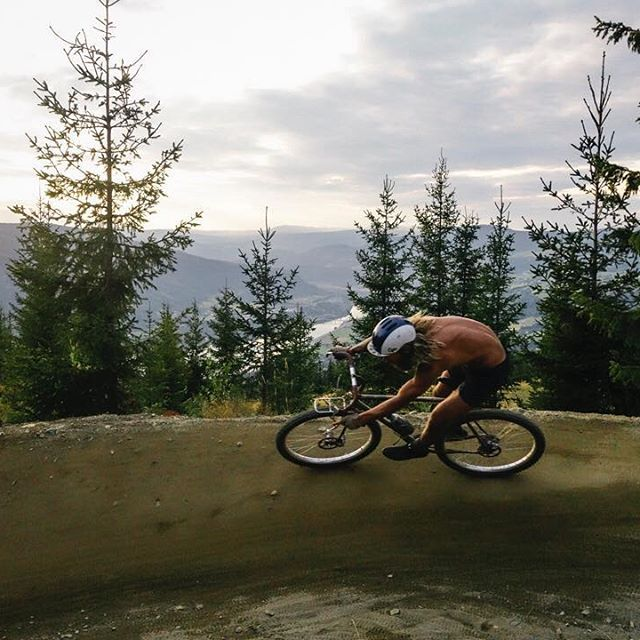 Found an old SD card featuring the only section of the 2014 UCI world mountain bike championship downhill run @brendanoshafer and I were able to ride without praying. After this we hobbled down the hill and watched/heard @ratboy_bryce snap his foot after over clearing a huuuge wooden box jump at the finish. What a day!
