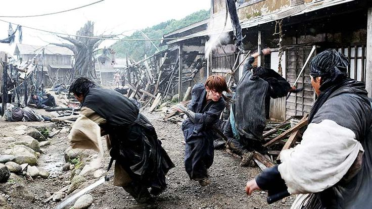 LIGHTNING FAST. Takeru Satoh as Kenshin Himura in 'Rurouni Kenshin.' Photo courtesy of Warner Bros