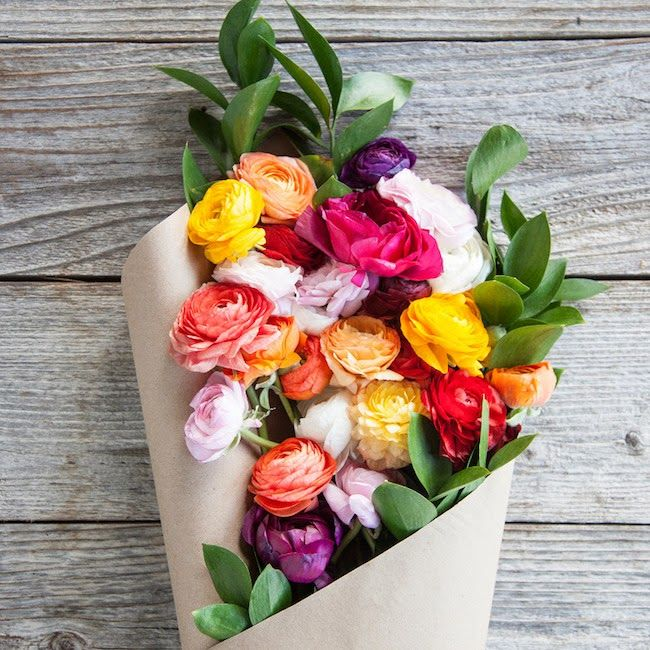 Farm fresh flower delivery from @thebouqs #valentine