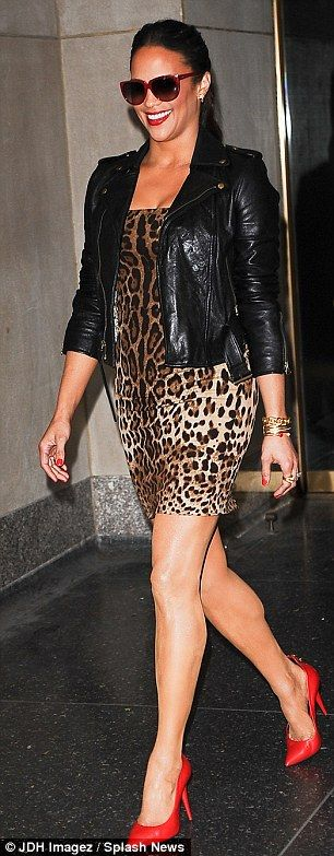 Paula Patton: Love this outfit!