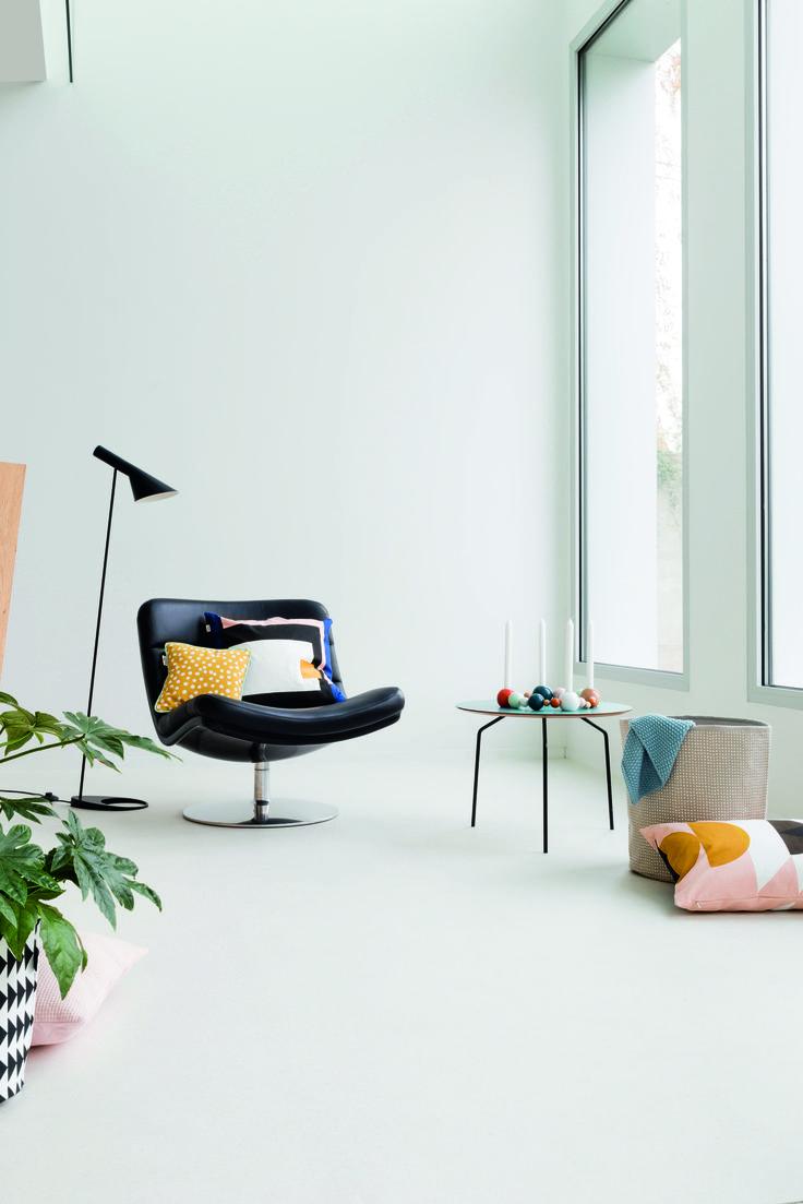 Drop by the NEW Leoline website for striking floors like this wash effect from Quartz Pro. www.leoline.co.uk