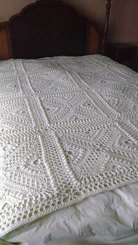 Crochet Patterns Block Afghan : Bee Hives and Clover Afghan Block pattern by Joyce D ...