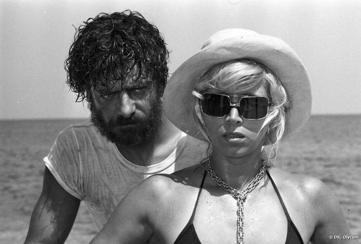 Mariangela Melato e Giancarlo Giannini in una scena de 'Travolti da un insolito destino nell'azzurro mare d'agosto'.