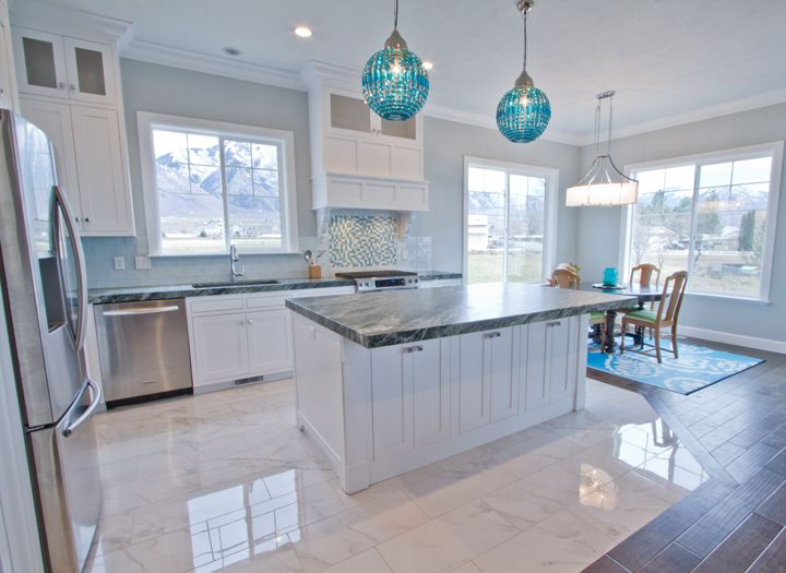 house of turquoise design hintz - Ideas For Kitchen Floors