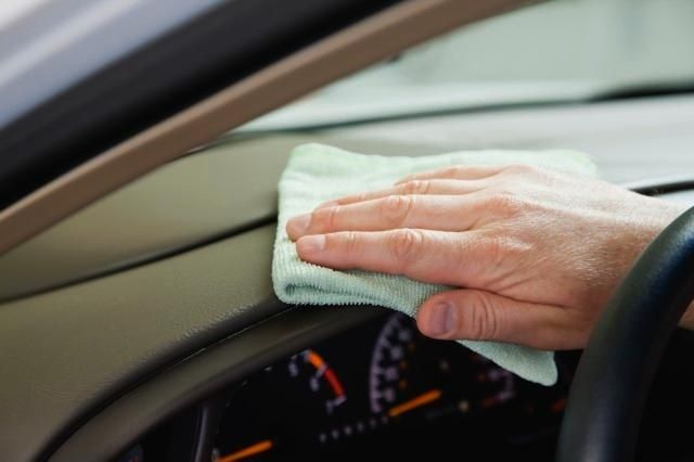 Ten tips to clean your car, all 10 minutes or less! Time-saving! onstarconnections... | #tips #clean #car #time #onstar