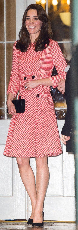 864 best Kate images on Pinterest | Duchess kate, Duchess of ...